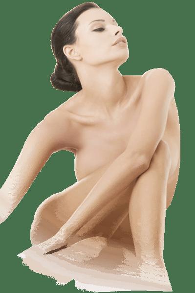 mlada lepa vitka ženska, ki sedi gola